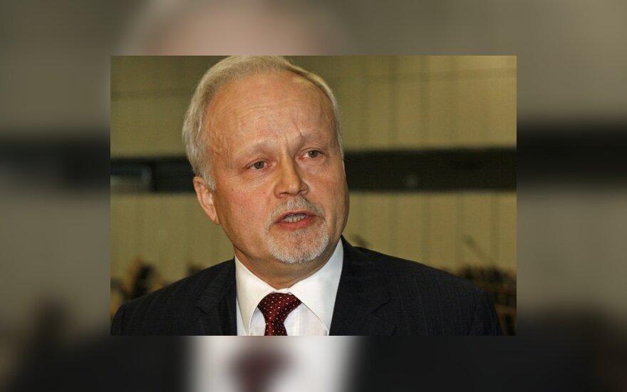 V.Greičius už daugiau kaip 4 mėnesius atostogų gavo per 38 tūkst. litų
