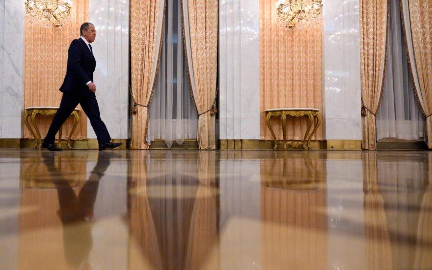 Lavrovas susitiko su Trumpu: JAV kalba apie perduotą perspėjimą, Rusija tai neigia