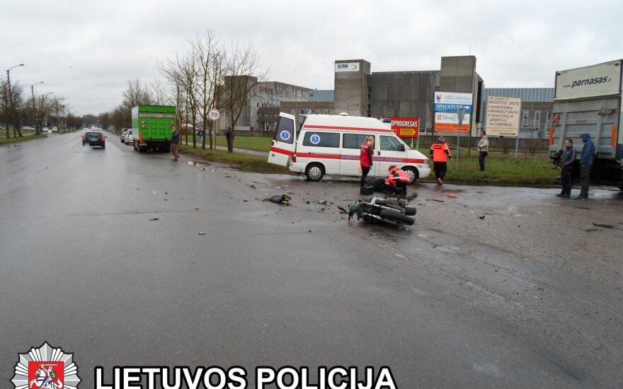 Tragiška savaitė: ir vėl žuvo motociklininkas