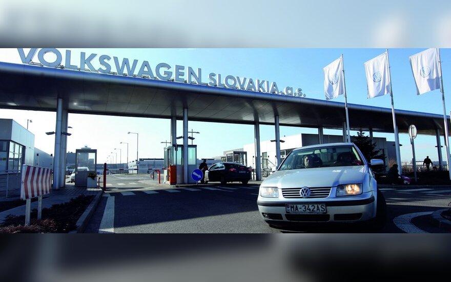 """""""Volkswagen"""" Slovakijoje gamins 3 naujus modelius"""