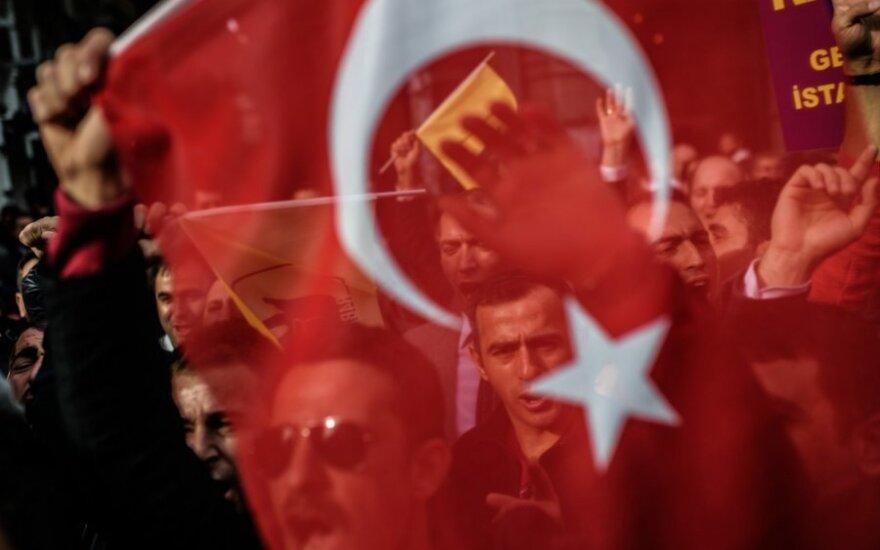 Į ginčą su Berlynu įsitraukusi Turkija planuoja surengti daugiau mitingų Vokietijoje
