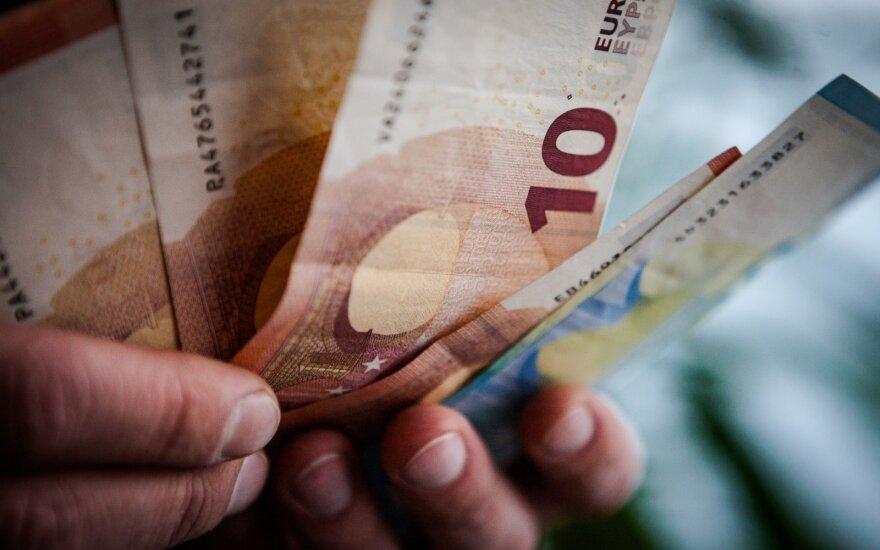 Artėjant rinkimams – planai didinti minimalią algą ir mažinti mokesčius
