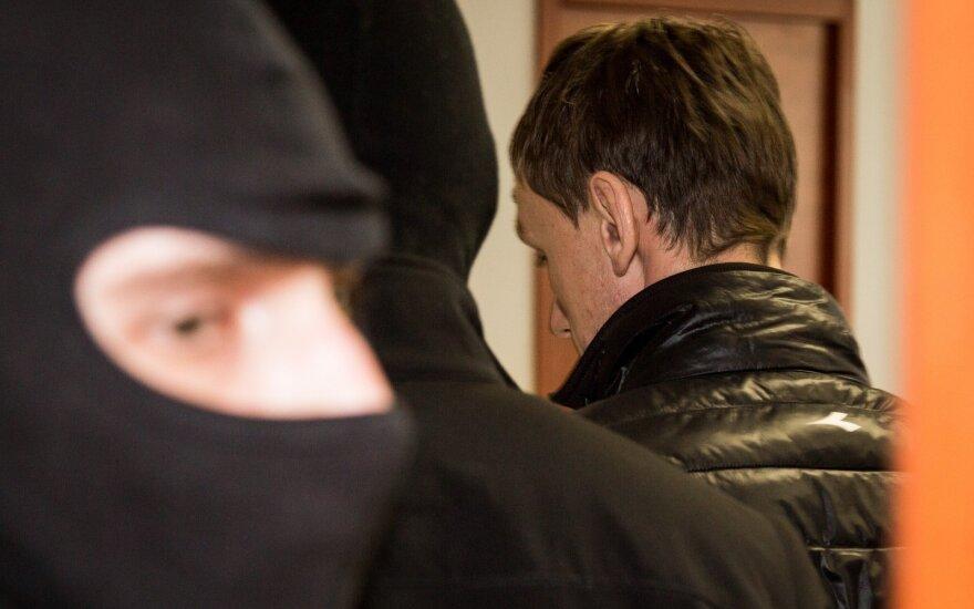 Teismas leido suimti 18 Lietuvą šiurpinusios grupuotės narių, vieną paleido