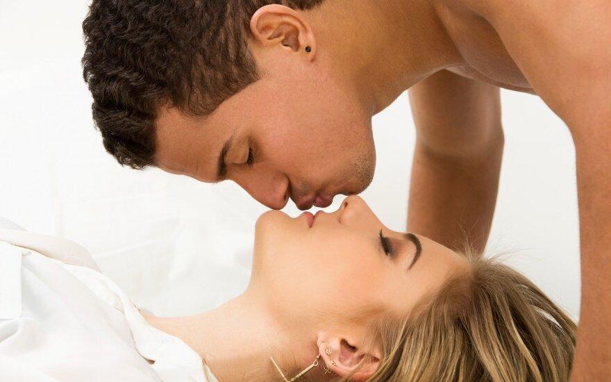 Patarimai poroms, kad lovoje nebūtų nuobodu