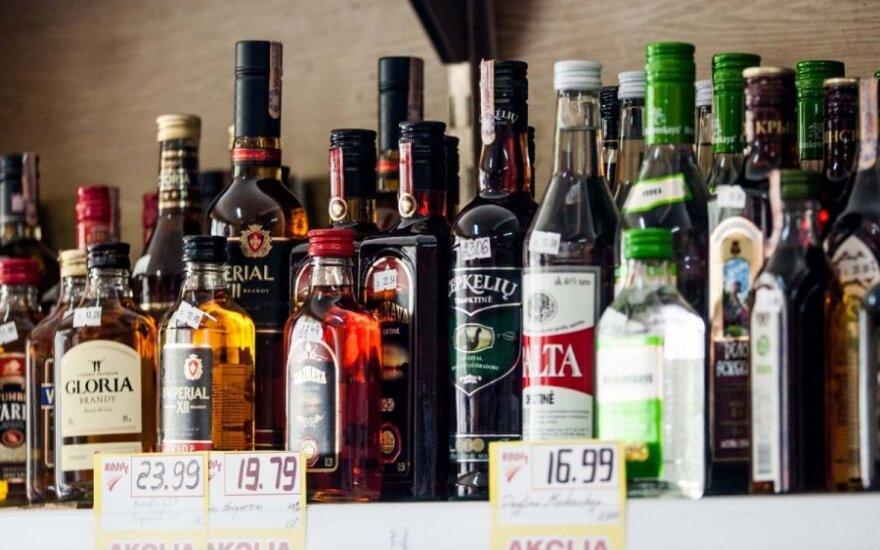 Ar verta kopijuoti alkoholio kainas iš skandinavų?