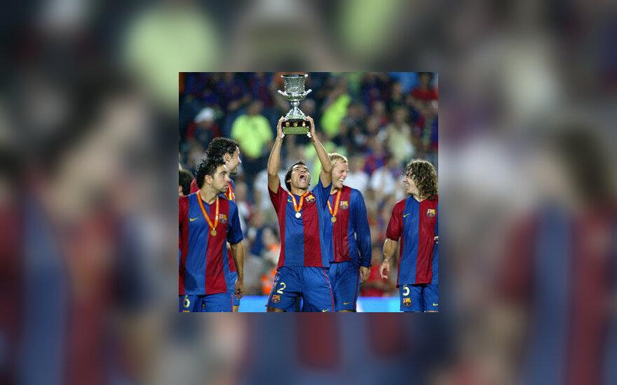 """""""FC Barcelona"""" klubo futbolininkai su Ispanijos supertaure"""
