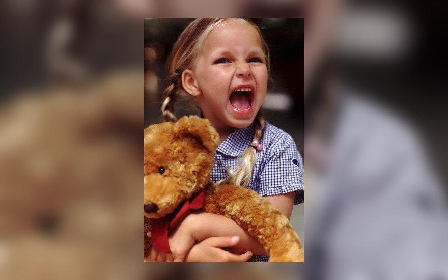 Mergaitė, isterija, vaikas, rėkia, pyktis