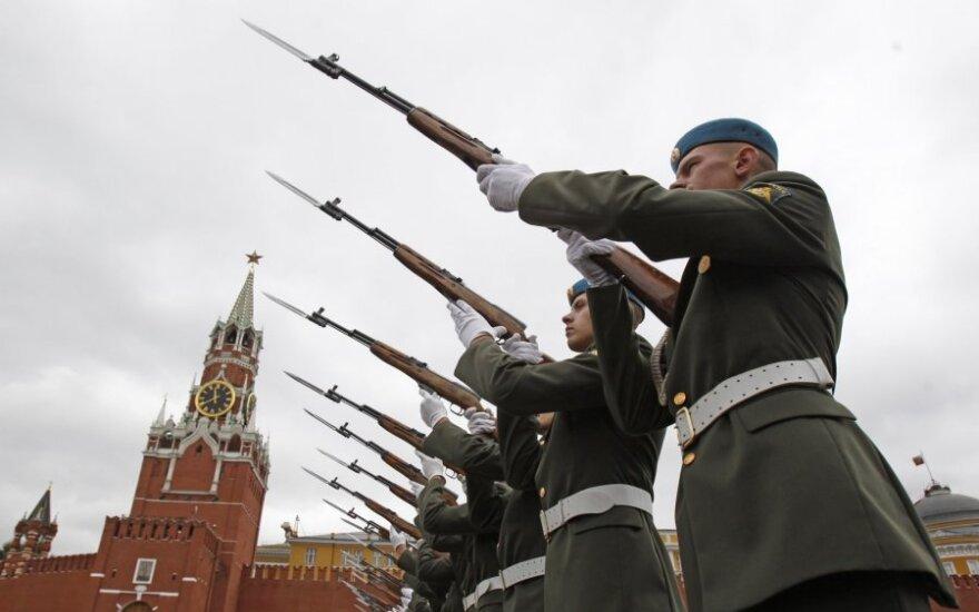 V. Bakas apie tyrimą: beveik pusė Lietuvos gyventojų įžvelgia grėsmę iš Rusijos