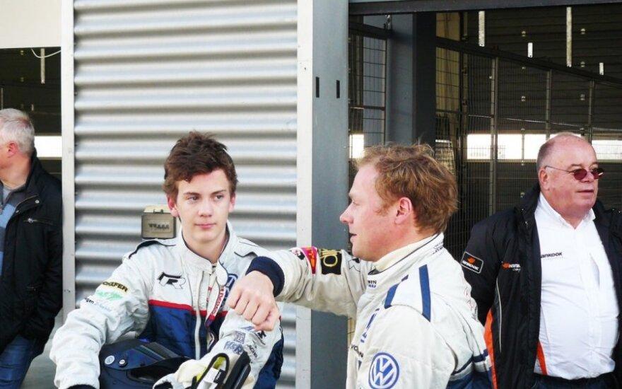 R. Kupčikas treniravo S. Vettelio brolį