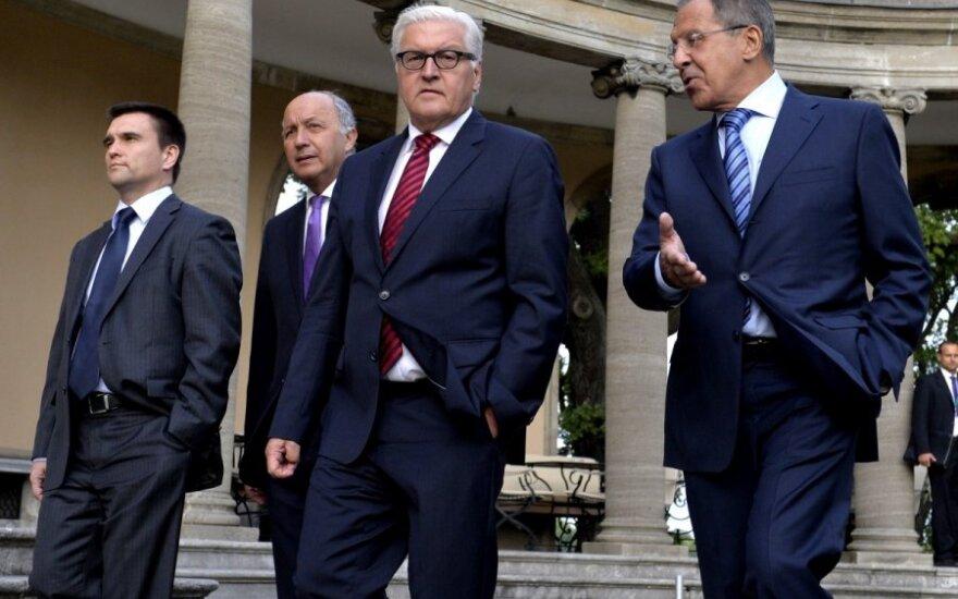 Derybose tarp Rusijos ir Ukrainos – jokių garantijų