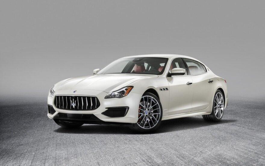 "Atnaujintas ""Maserati Quattroporte"""