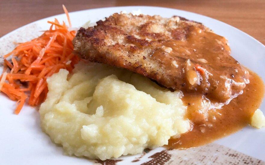Mokyklų valgyklos ištuštėjo – maisto nenori nei vaikai, nei suaugę
