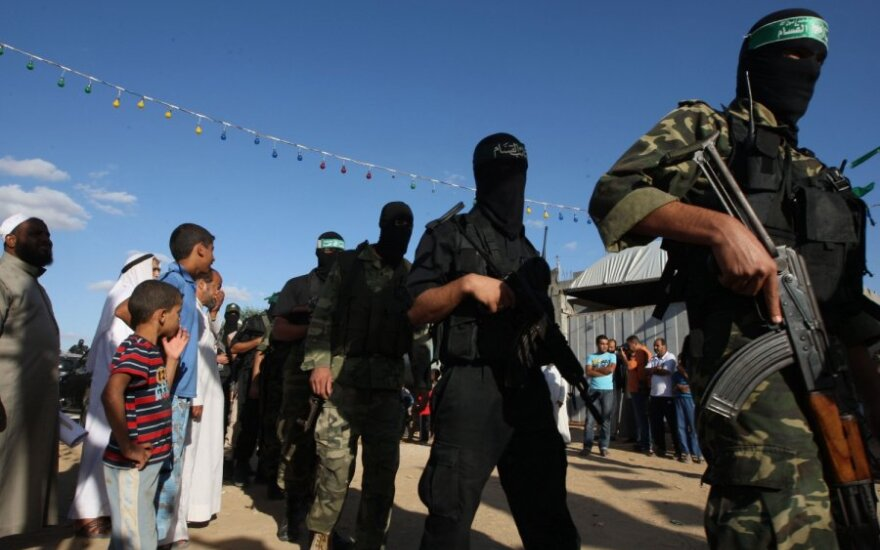 """""""Human Rights Watch"""": Palestinos kalėjimuose sistemingai kankinami kaliniai"""