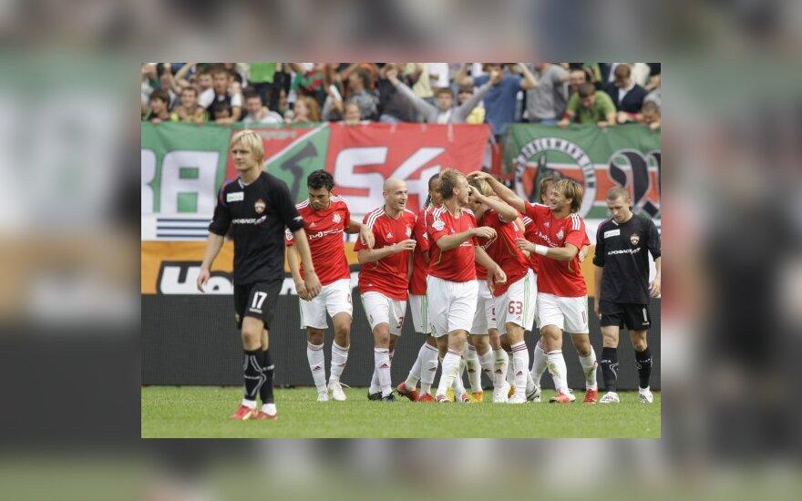 """""""Lokomotiv"""" futbolininkai džiūgauja po įvarčio"""