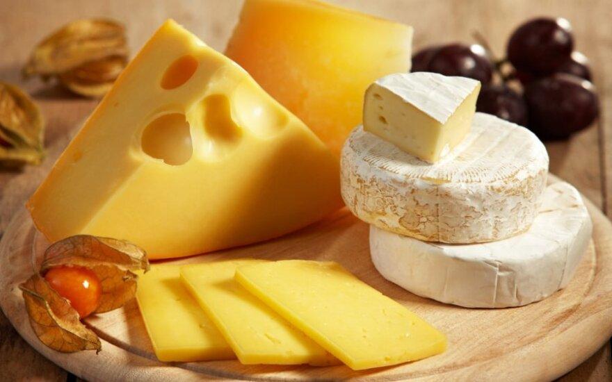 Tyrimas: tik kas dvidešimtas lietuvis sūrį laiko delikatesu