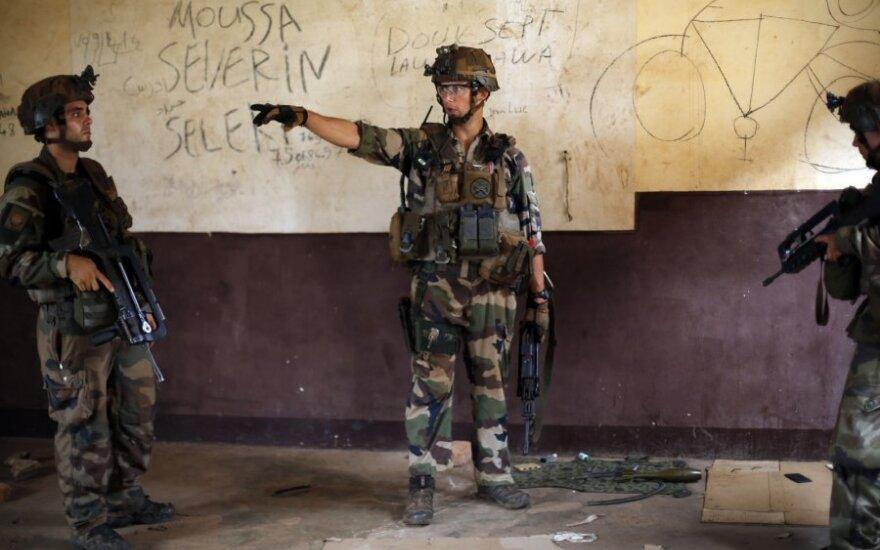 Prancūzų kariai Benine