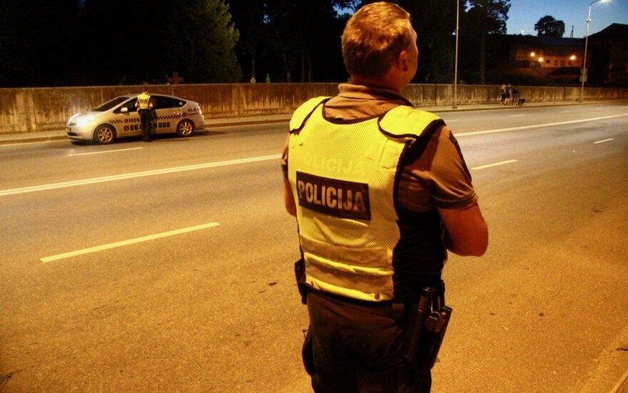 Naktinis reidas Vilniuje nustebino pareigūnus: vos keli vairuotojai sulaukė baudų