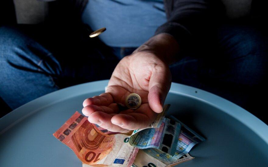 Emigrantų bandymai susigrąžinti mokesčius: vidutiniškai atgauna 804 eurus