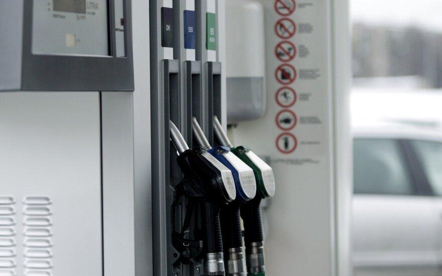 Džiugina degalų kainos? Tai tęsis neilgai