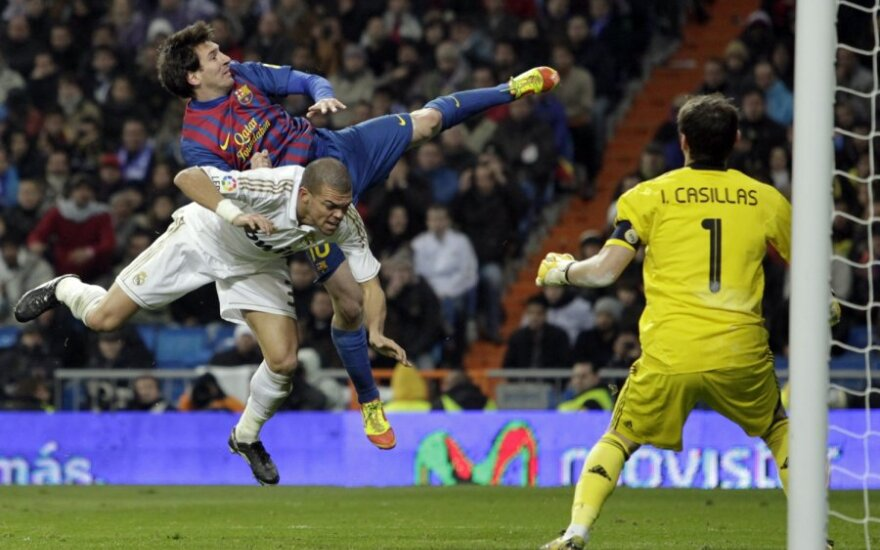 Pepe, Lionelis Messi ir Ikeras Casillasas