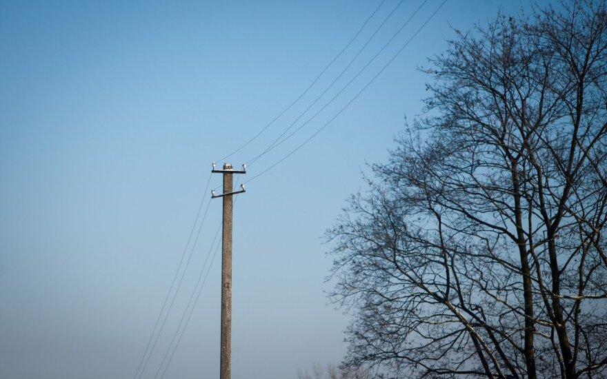 Miesto gatvėje – tamsu kaip vienkiemy: klaidžioja ir laiškininkai, ir pagalbos tarnybos
