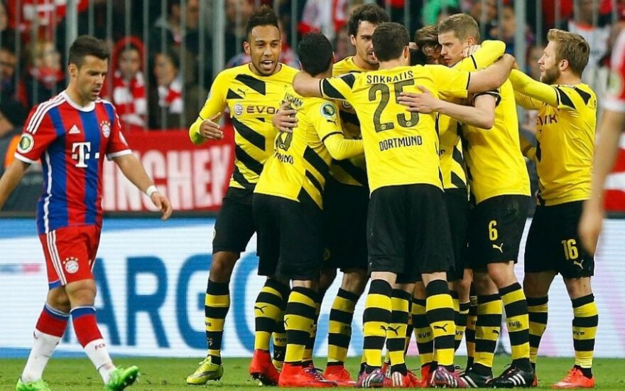 """Dortmundo """"Borussia"""" klubo futbolininkai"""