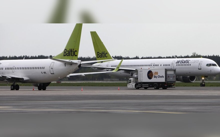 """""""airBaltic"""" dažniau skraidys iš Rygos į Amsterdamą ir Briuselį"""