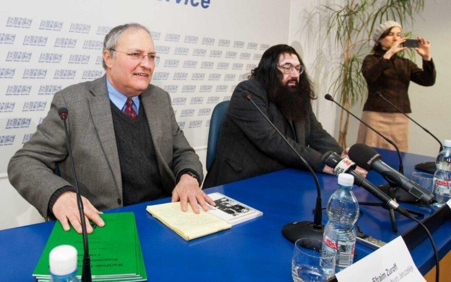 E.Zuroffas piktinasi, kad Lietuvoje neonaciams priešinasi tik gėjai ir lesbietės