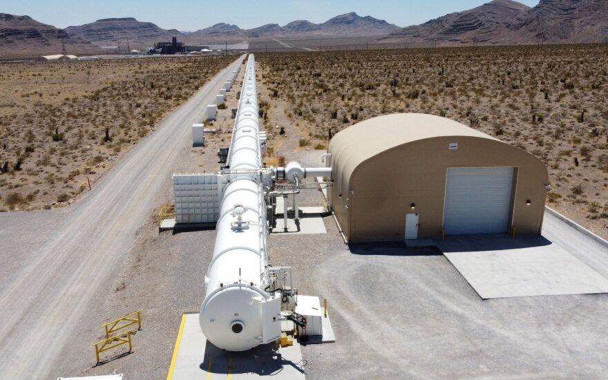"""Vykdomojo direktoriaus teigimu, kelionė """"Virgin Hyperloop"""" bus sklandi."""