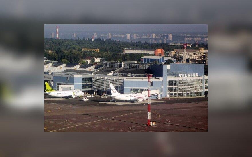 Seimas nepritarė ketinimams oro uostus pertvarkyti į akcines bendroves