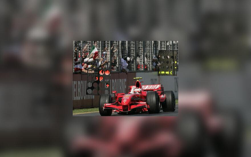 """Kimi Raikkonenas (""""Ferrari"""") laimėjo Australijos GP"""