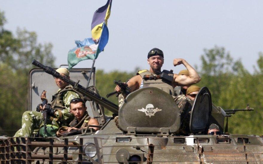 Įtampa Ukrainoje pasiekė kritinį lygį: Donecko apgulties akivaizdoje – separatistų panika