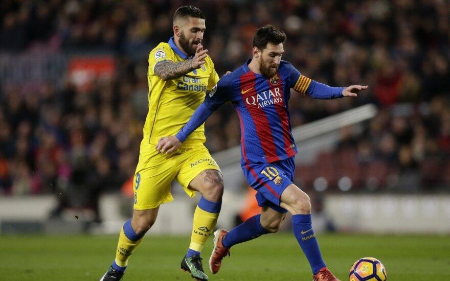 """""""Barcelona"""" saugas Lionelis Messi"""