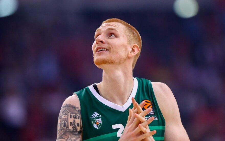 Su NBA žvaigžde padirbėjęs White'as – jau Kaune: vasara buvo puiki