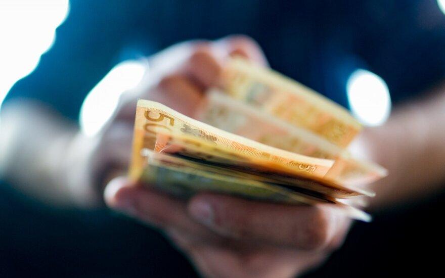 Dėl pensijų skundžiasi ne visi: pensija siekia 240 eurų – ir užtenka!