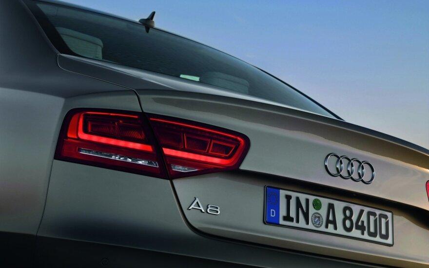 """""""Audi"""" remontuos 4,5 tūkst. automobilių – rado degalų sistemos gedimą"""