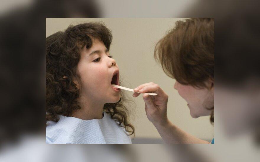 SAM poliklinikas ragina specialistų darbo grafikuose dalį laiko skirti tik vaikų sveikatos tikrinimams
