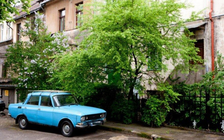 Lietuvoje turi būti pakartotinai panaudojama daugiau senų automobilių detalių