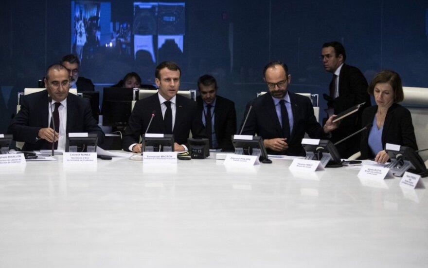 Emmanuelis Macronas dalyvauja nepaprastajame saugumo tarybos posėdyje