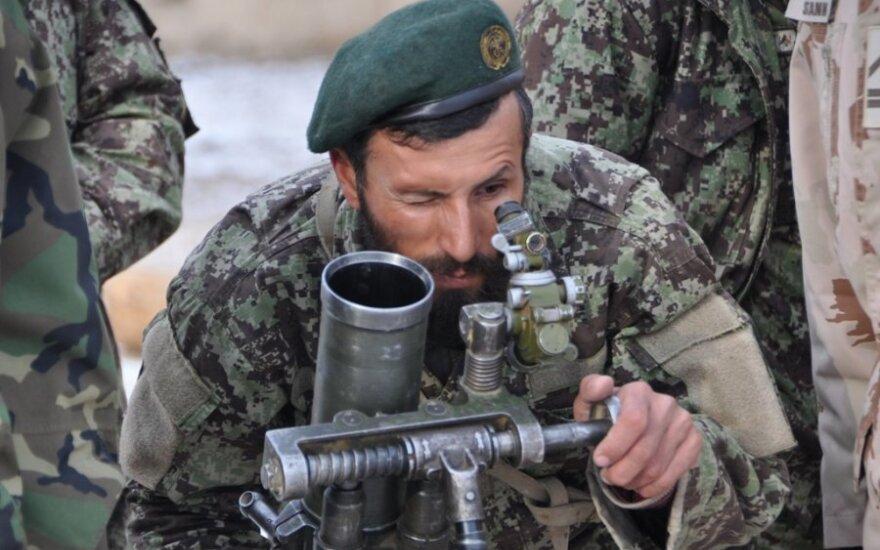 Pentagonas Lietuvos pajėgoms Afganistane dovanos karinės įrangos už 31 mln. litų