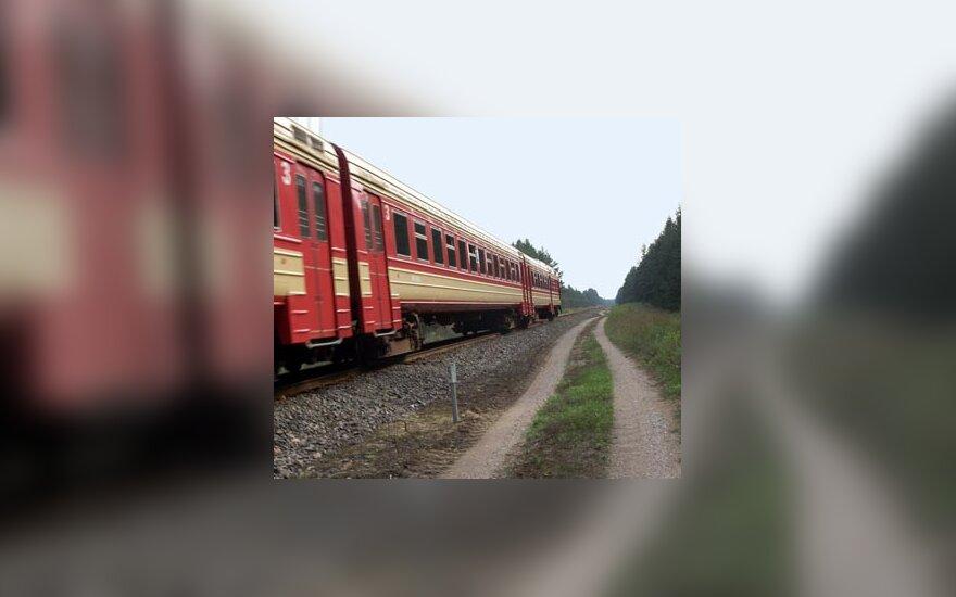 geležinkelis, vagonai, traukinys