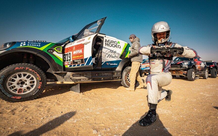 Vaidotas Žala ir Saulius Jurgelėnas 10-ajame Dakaro ralio greičio ruože