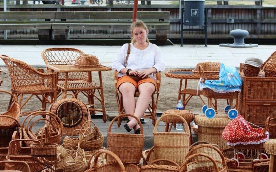 Pirkėjų pasigedę Jūros šventės mugės prekeiviai laukia ir eurų