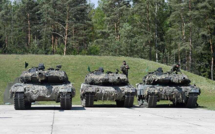 "Vokiečių tankai ""Leopard"""