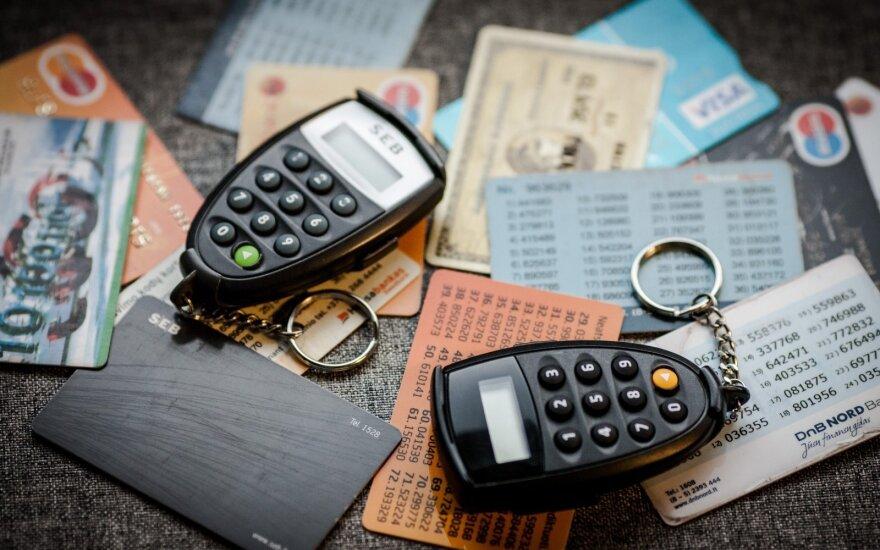 Kuo rizikuojate atskleidę banko kortelės numerį?