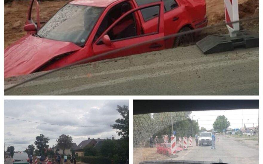 """Panevėžyje automobilio """"Škoda"""" vairuotojo skrydį sustabdė avarija"""