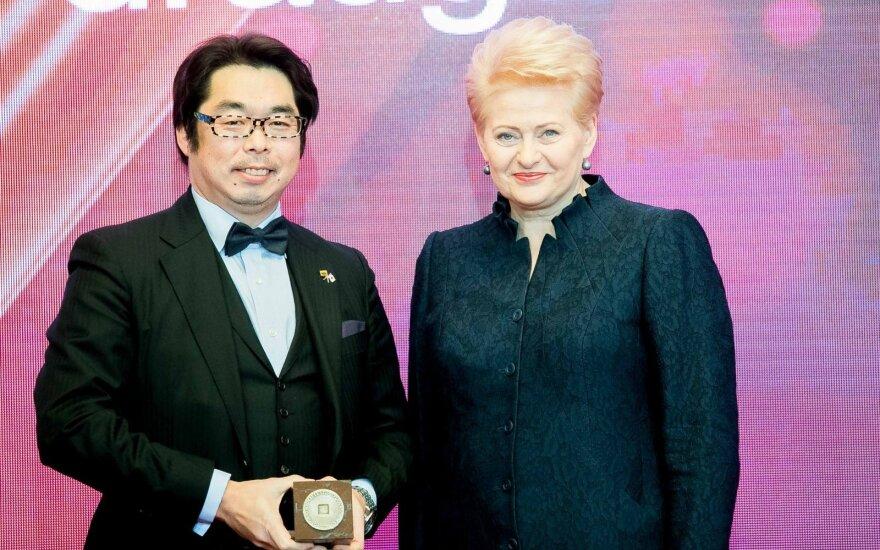 Kenjiro Tamaki and Dalia Grybauskaitė