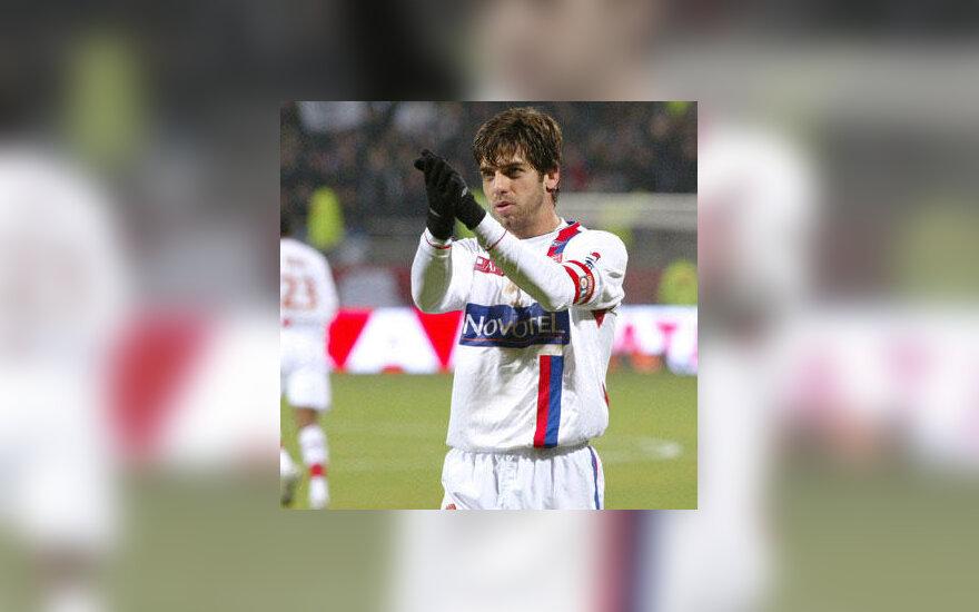 """Juninho Pernambucano (""""Lyon"""")"""