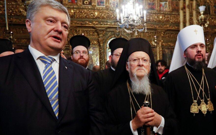 Konstantinopolio patriarchas pasirašė tomosą dėl Ukrainos Bažnyčios autokefalijos