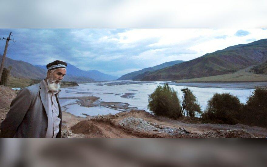 Tadžikistanas suteikia malonę 10 tūkst. kalinių